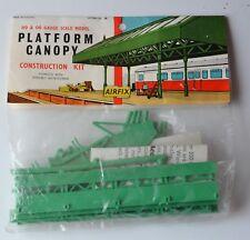 Airfix Platform Canopy Plastic Model Kit HO//OO Gauge Item Number 03604-5