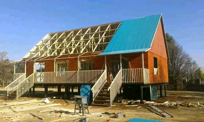 Quality wooden house for best price  call 0609590879