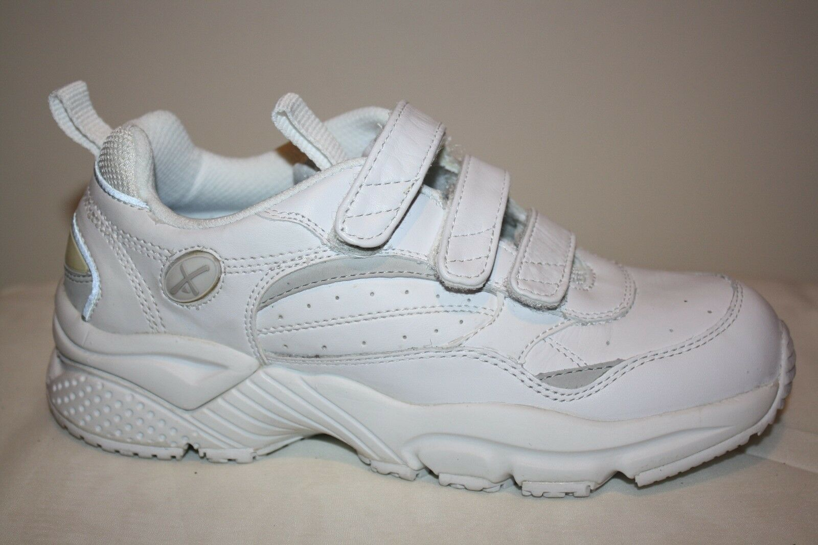 Women's Aetrex X923 Walking Sneaker Shoes 3 Strap White SZ 5.5 M