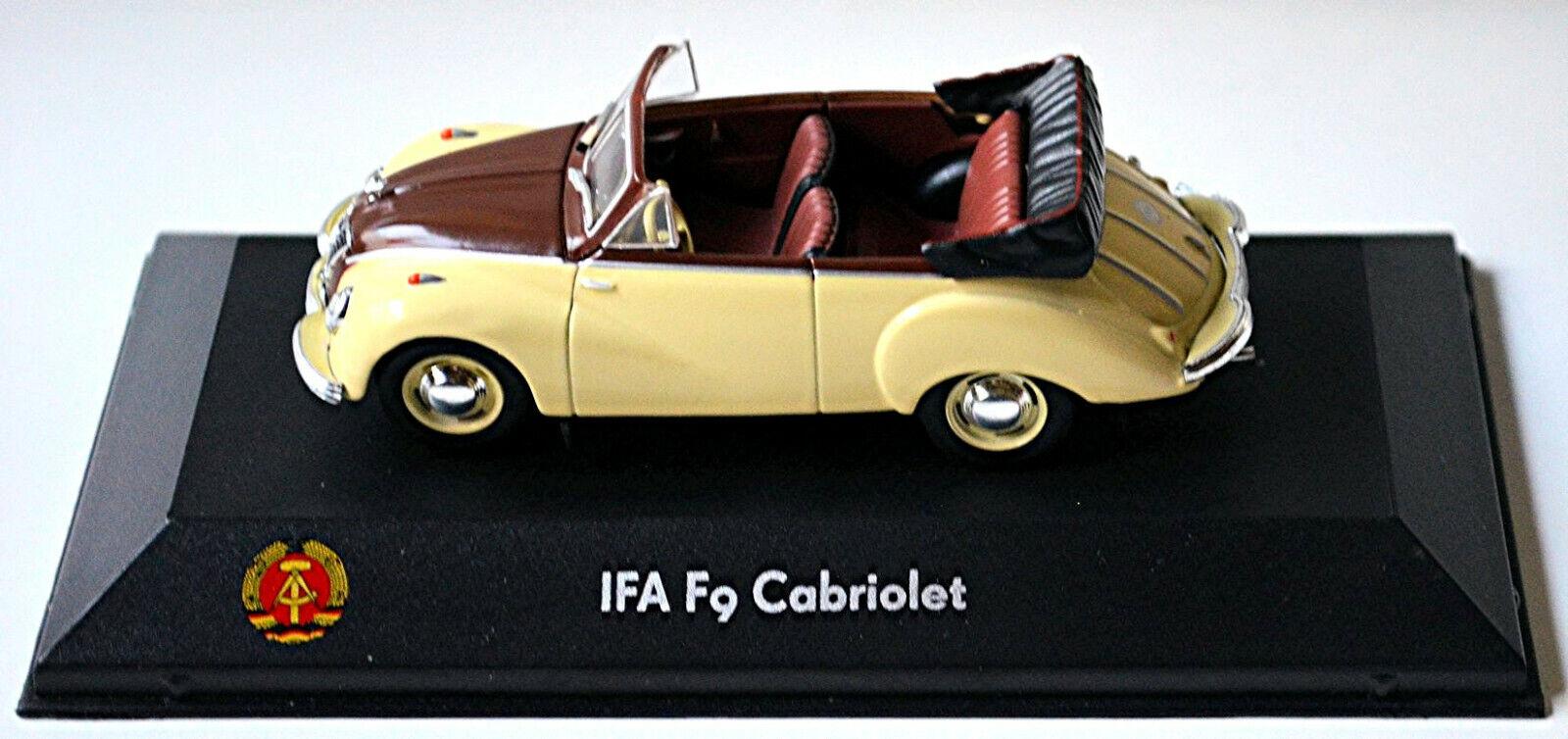 Atlas IFA f9 coche familiar 1:43