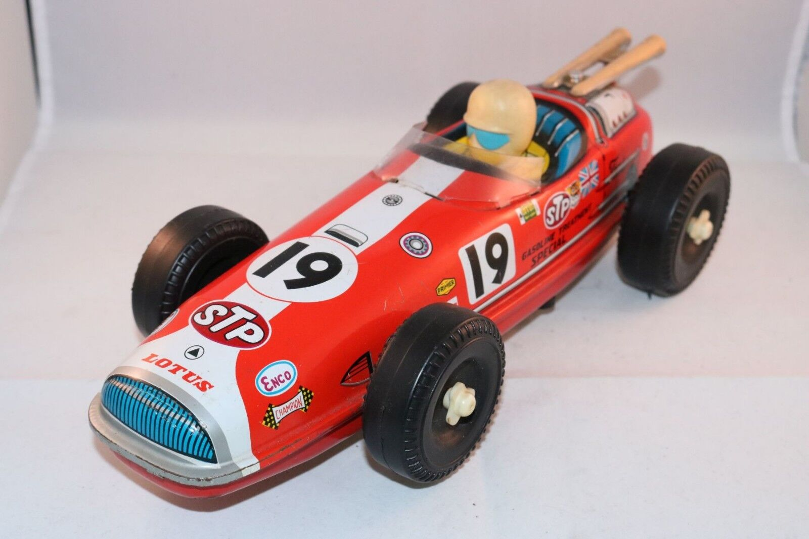 Oluma Tinplate Lotus racing car with battery engine 30 cm long excellent plus
