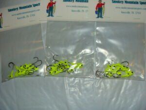 Green 10 Jig heads with plastic- Fishing tackle lot Jig Head Lot -QTY jigs