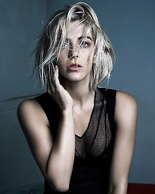 Julianne Hough 8x10 Celebrity Photo #18