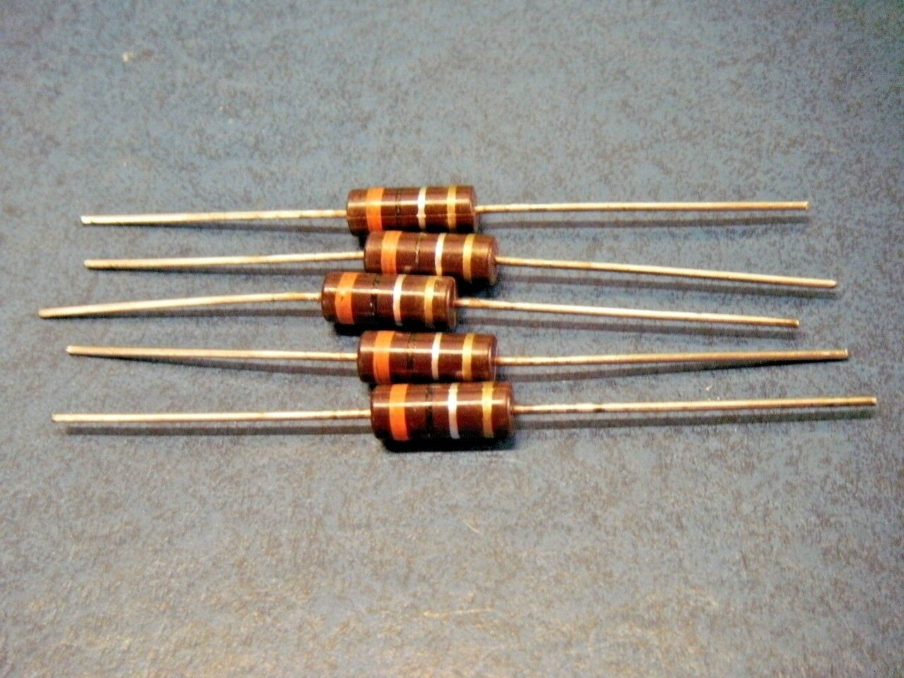 5 pcs TRW//IRC BWH Type Molded Wirewound Resistor 2W 10/% 6.8 OHM OHMS