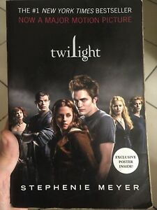 Twilight-Saga-Full-Set-Movie-Edition-with-FREE-pullout-poster