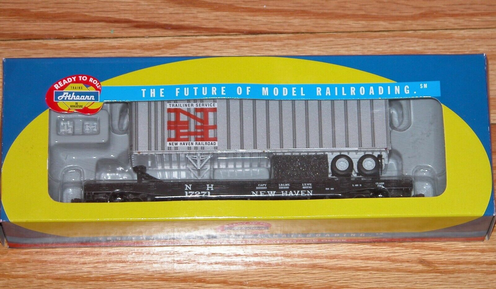 ATHEARN 72458 50' FLAT CAR WITH 40' TRAILER NEW HAVEN NH 17271