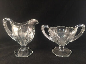 Scalloped-Floral-Etched-Glass-Creamer-amp-Sugar-Bowl-w-Handles