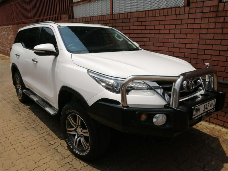 White Toyota Fortuner 2.8 GD-6 Raised Body with 95000km available now!