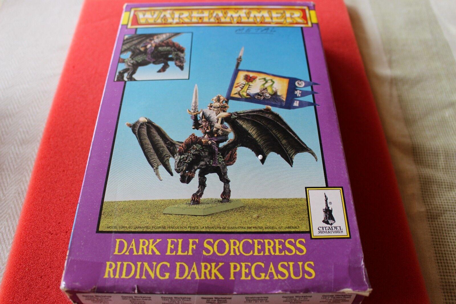 Games Workshop Warhammer Dark Elf Sorcière Riding Dark Pegasus  Neuf dans sa boîte nouveau BOXED  préférentiel