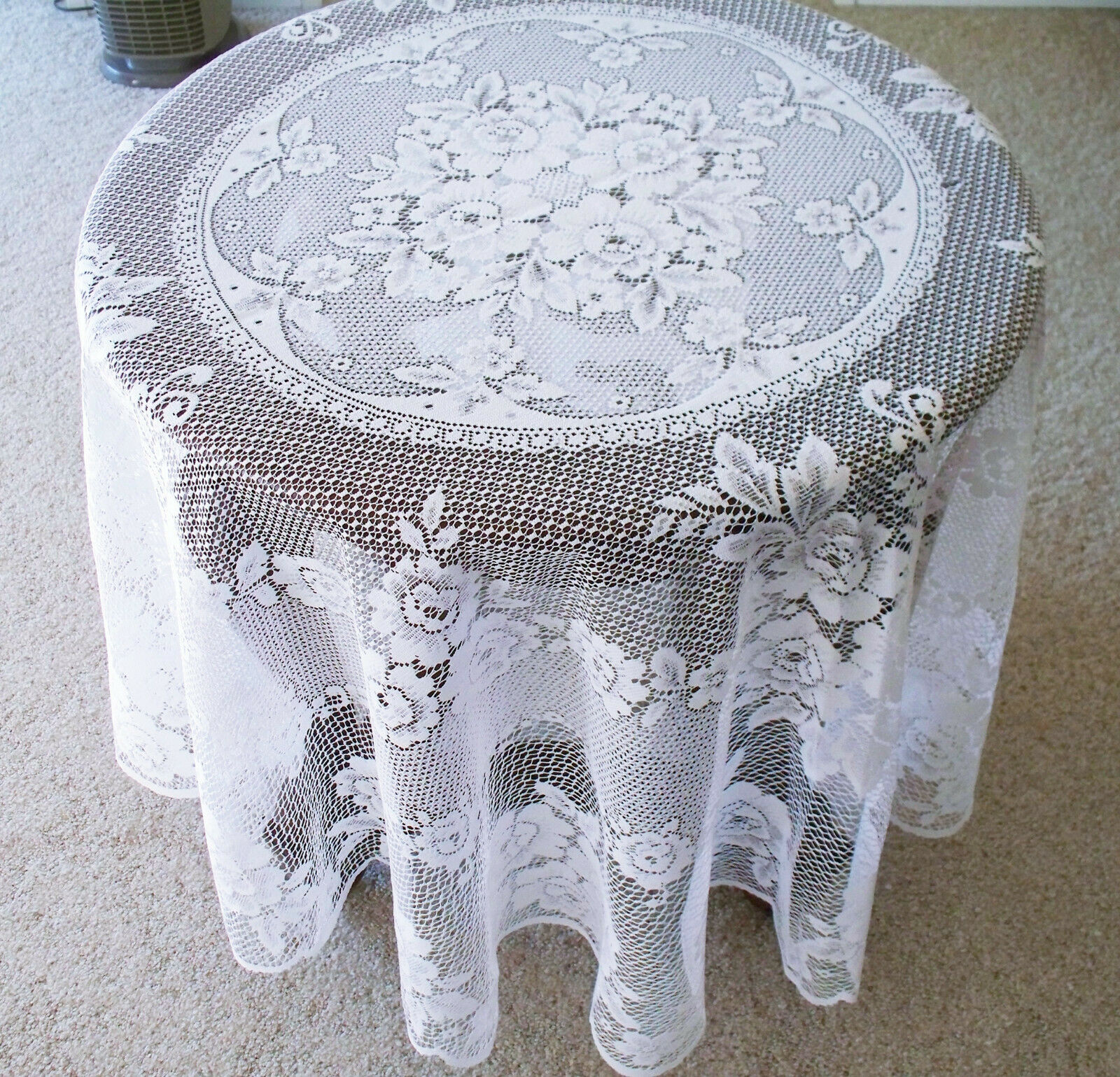 Victorian Rose 72 in (environ 182.88 cm) ronde Nappe Blanche Heritage Lace
