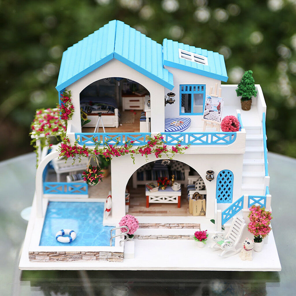 1:24 DIY Dollhouse Miniature Wooden Dolls House Kit Europäische