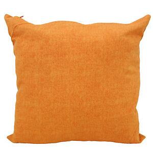 Cuscino salotto arredo arancio arredamento casa divano for Divano x cucina