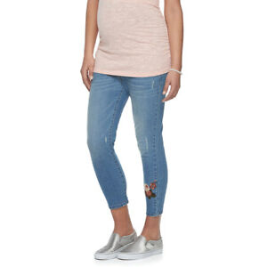 A Glow Maternity Belly Panel Embroidered Capri Jeans NWT Size 12 Retail $54