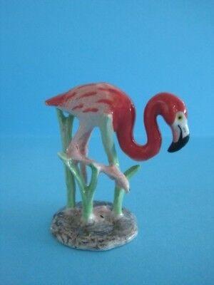 NORTHERN ROSE PORCELAIN FLAMINGO IN GRASS FIGURINE POPULAR FIGURINE *Mint*