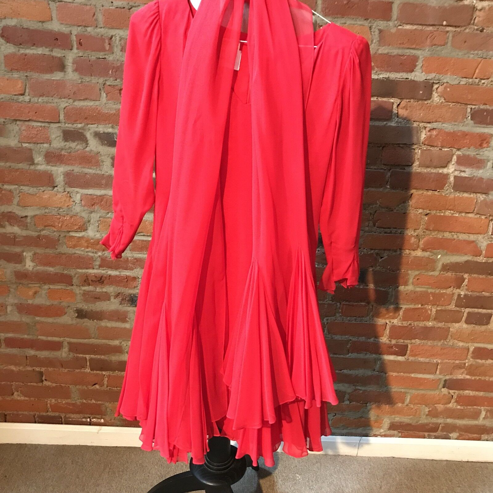 Vintage Travilla Red Silk Chiffon Dress Cocktail … - image 9