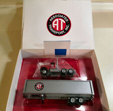 WINROSS 1996 ASSOCIATED TRANSPORT  NEW IN BOX  #1 HGHIWAY PIONEER SERIES