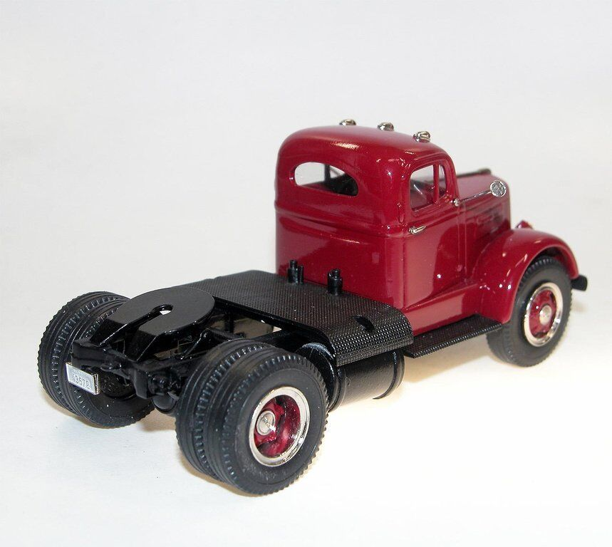 US Model Model Model Comme neuf BROOKLIN us-30 1951 blanc Mustang WC 22 SEMI TRACTOR rouge 1 43 2cbafc