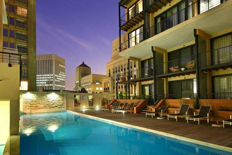 1 Bedroom Furnished apartment in CBD available short and medium term to 6 months max