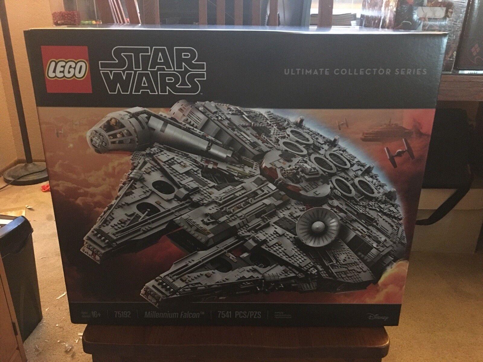 Lego estrella guerras  UCS Millennium Falcon 75192 nuovo in scatola in he ready to ship  nuovo sadico