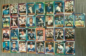 1990-TORONTO-BLUEJAYS-Topps-COMPLETE-Baseball-Team-SET-33-Cards-WELLS-MCGRIFF