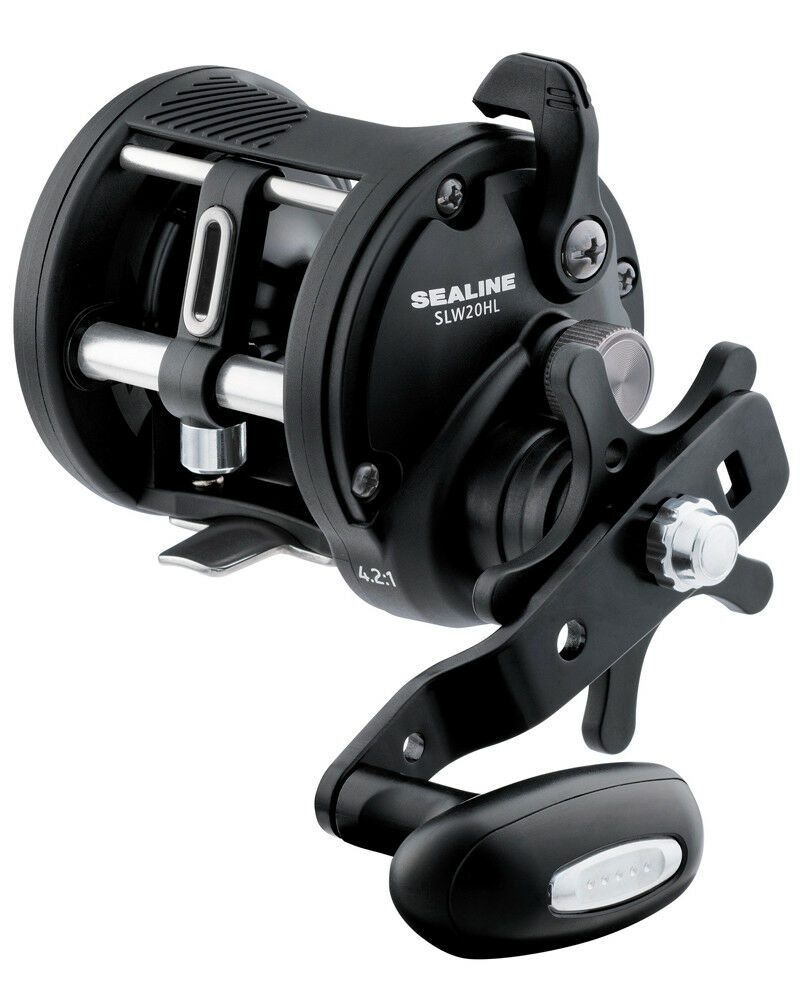 EX DISPLAY DAIWA SEALINE LEVEL WIND  MULTIPLIER FISHING REEL SLW30HL