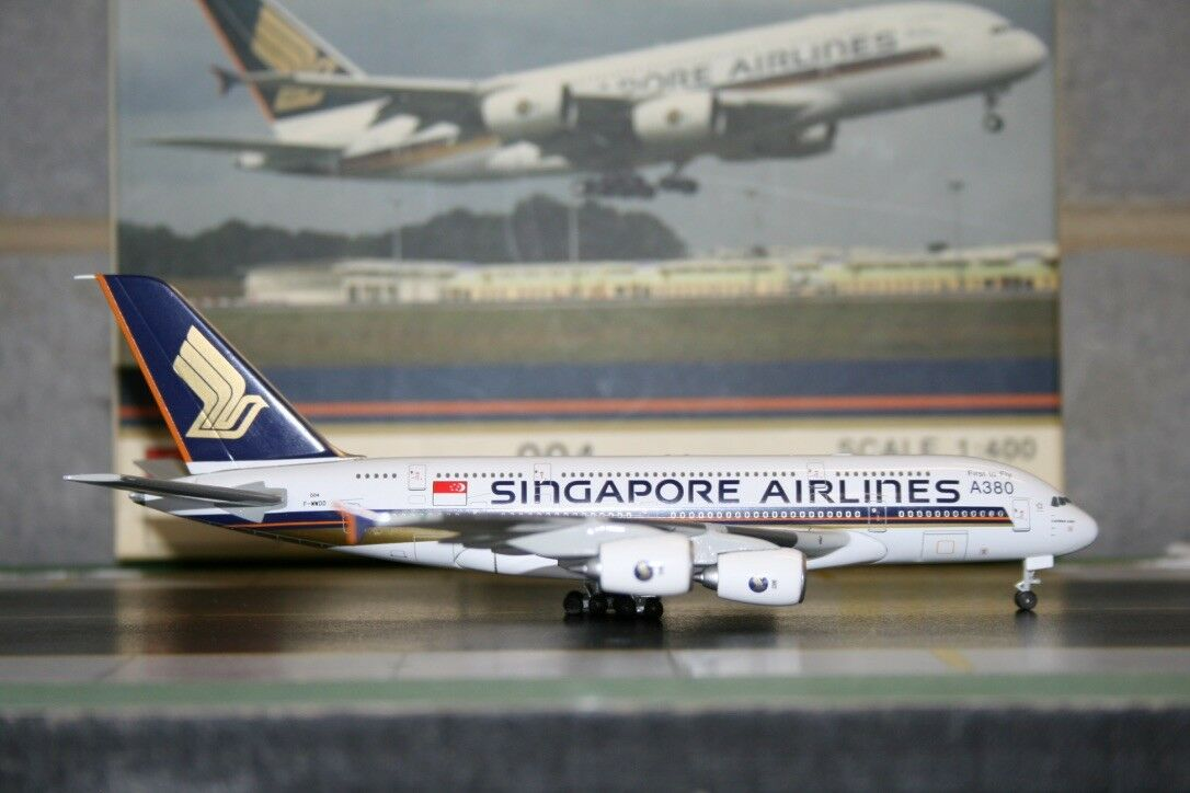 Magic Models 1 400 Singapore Airlines Airbus A380-800 F-WWDD 131-400 Model Plane