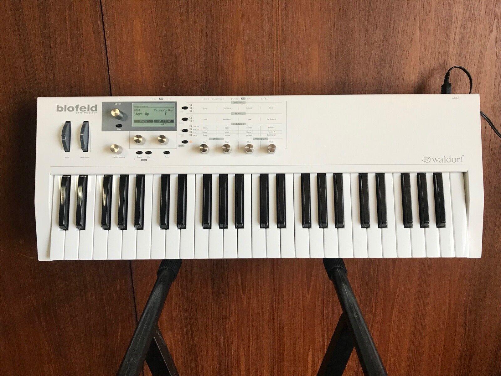 Waldorf Blofeld Keyboard SyntheGrößer Weiß w  box