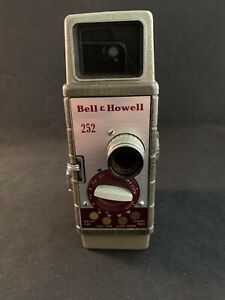 Vintage Bell & Howell 252 - 8mm Film Movie Camera w/ Leather Case