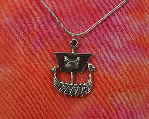 """VIKING SHIP SAIL BOAT  NORSE CHARM NECKLACE PENDANT 18 /& 20/"""" SILVER PLATED CHAIN"""