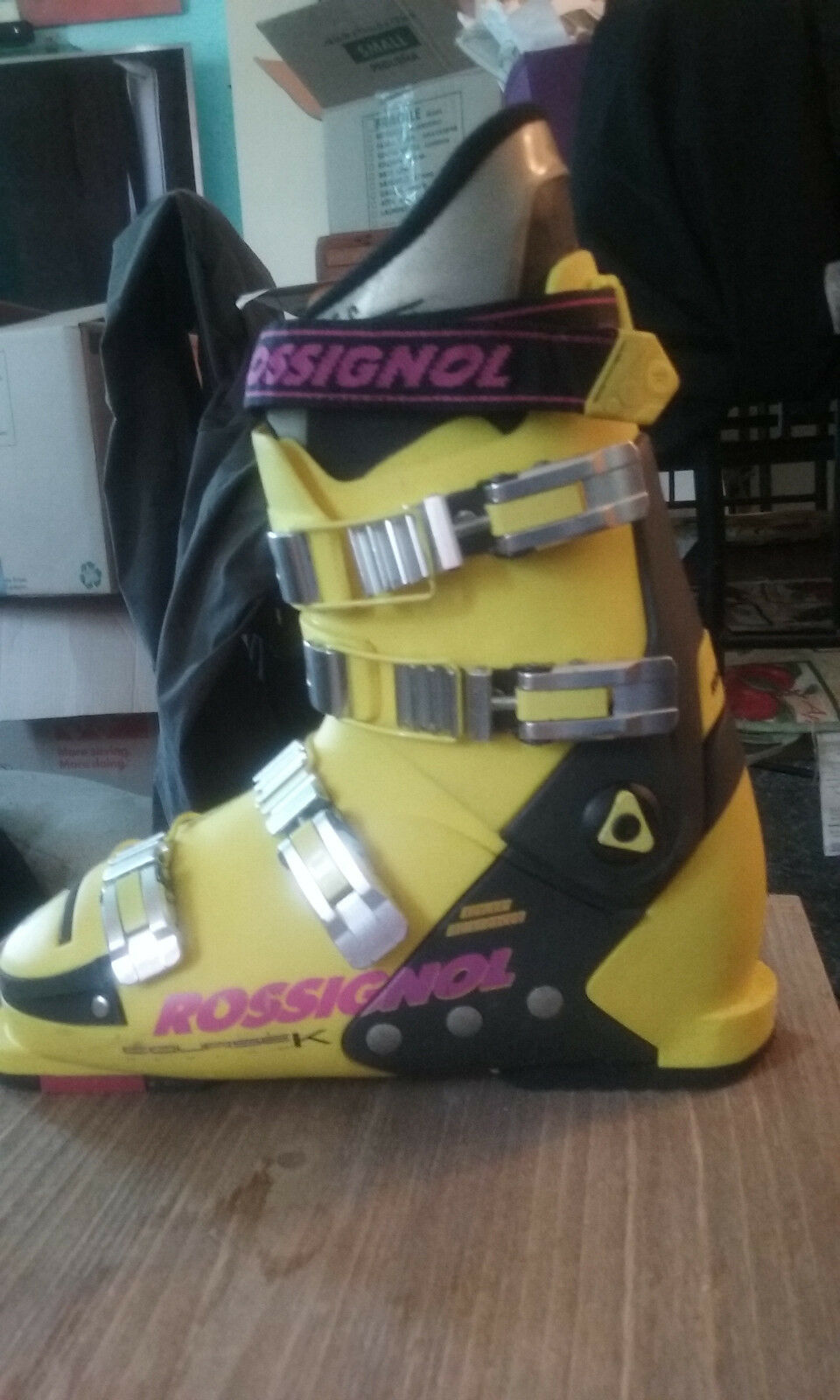 Rossignol  Allspeed Elite 130 Mens SIze - 275 color - Bright Yellow  up to 50% off