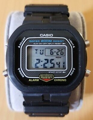 Casio DW 5300 G Shock Hommes Digital Sports Watch modulaire  qw0UC