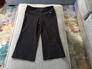 Nike Women S Flared Dri Fit Yoga Pants Medium Black Ebay