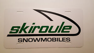 Vintage-Skiroule-Snowmobile-Logo-Novelty-License-Plate