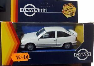 GAMA-1196-Opel-Kadett-GSI-die-cast-1-43