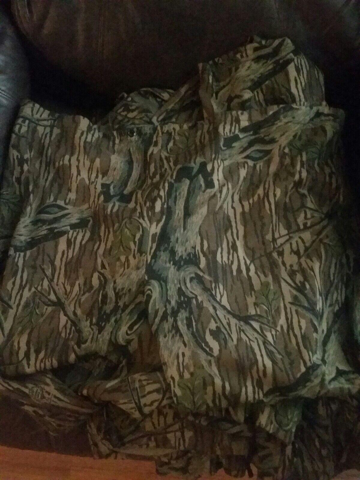 Vintage Mossy Oak Treestand Camo Hunting Pants Small Medium. Slip over. USA made