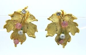 White-Pearl-Pink-Glass-Bead-Clear-Rhinestone-Gold-Tone-Leaf-Clip-On-Earrings