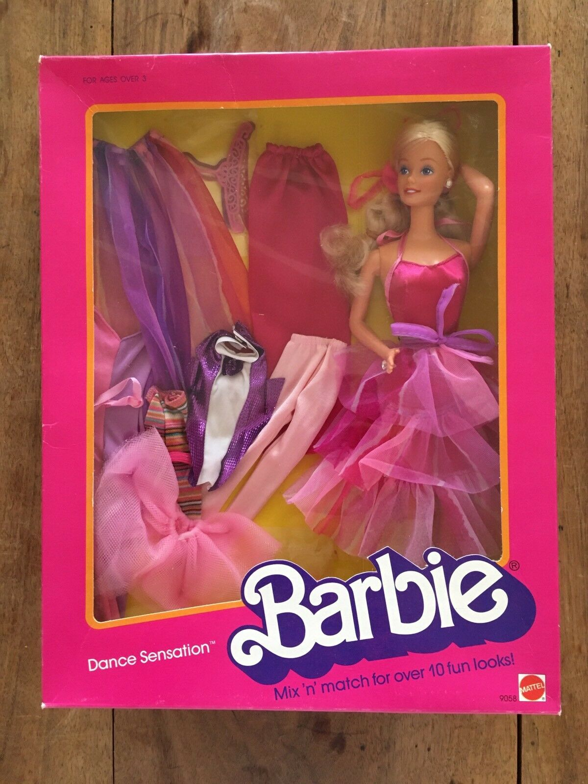 BARBIE   Dance sensation NRFB 1988  grande sconto