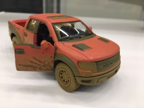 Kinsmart  Ford F  Svt Raptor Supercrew Muddycast Model Toy