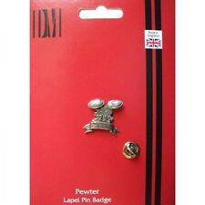 C4 clay (Clay pigeon shooting) English Pewter Lapel Pin Badge XTSPBC4
