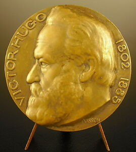 Medal-to-Victor-Hugo-le-Poet-Sc-Fish-Ny-1935-to-Andre-Pasbecq-Medal