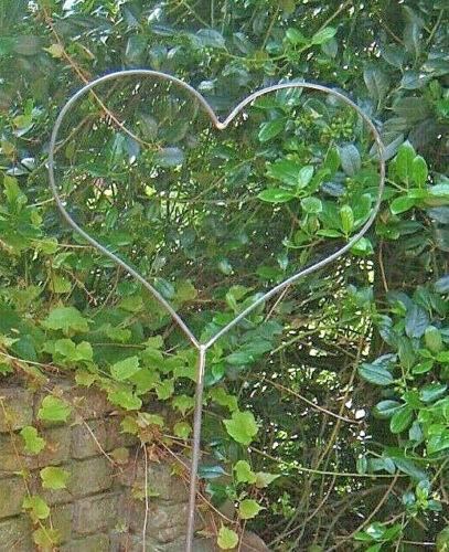 Traumgarten Gartendeko Edelrost Exklusiv Herz Gartenstecker aus Metall