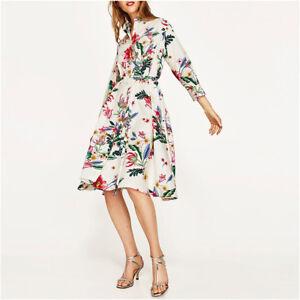 6220f63fe514 Caricamento dell immagine in corso Elegante-vestito-abito-scampanato -morbido-cintura-bianco-fiori-