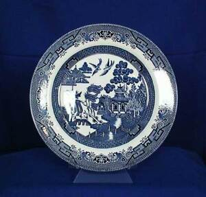 Image is loading Churchill-England-Blue-Willow-Pattern-Dinner-Plate-Older- & Churchill England Blue Willow Pattern Dinner Plate (Older Mark ...