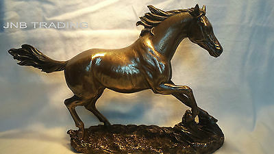 NEW Wildlife Horse Cantering On The Grassland Statue Figures Sculpture Bronze
