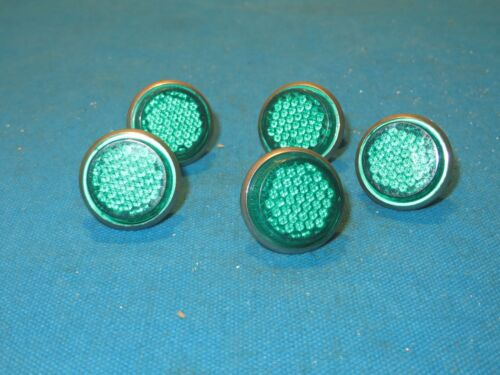 """License Plate 1/"""" Green Reflectors with Metal Back and Wing Nut Set of 5 New"""