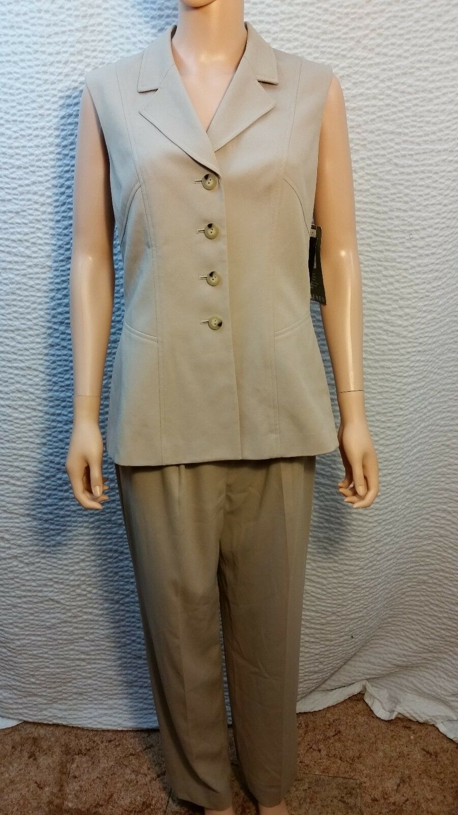 NEW Womens Kasper ASL Tan Beige 2 Piece Sleeveless Pant Suit 8 NWT