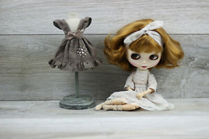Blythe-doll-dress-brown-socks-blouse-petticoats-bottom-and-top-outfit