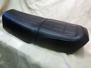 SUZUKI GT250 X7 SEAT COVER And STRAP BEST QUALITY YOU CAN BUY