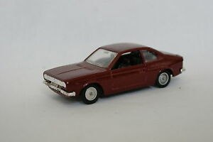 Solido-1-43-Lancia-BETA-Bordeaux