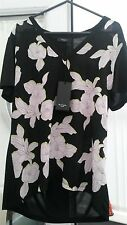 Beautiful Floral Paul Smith Top NWT.Work, holiday, Smart, casual, day/ evening.